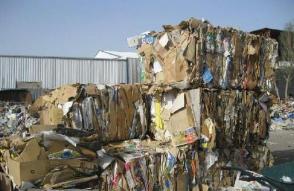 """废纸箱回收价遇""""过山车"""",背后到底谁在作祟?"""